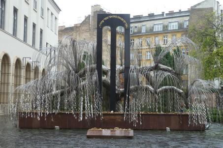 Monumento alle Vittime della Shoah